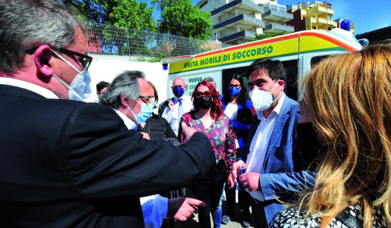 Covid, sopralluogo di D'Amato e Matranga     nel centro vaccinale dell'ospedale San Paolo