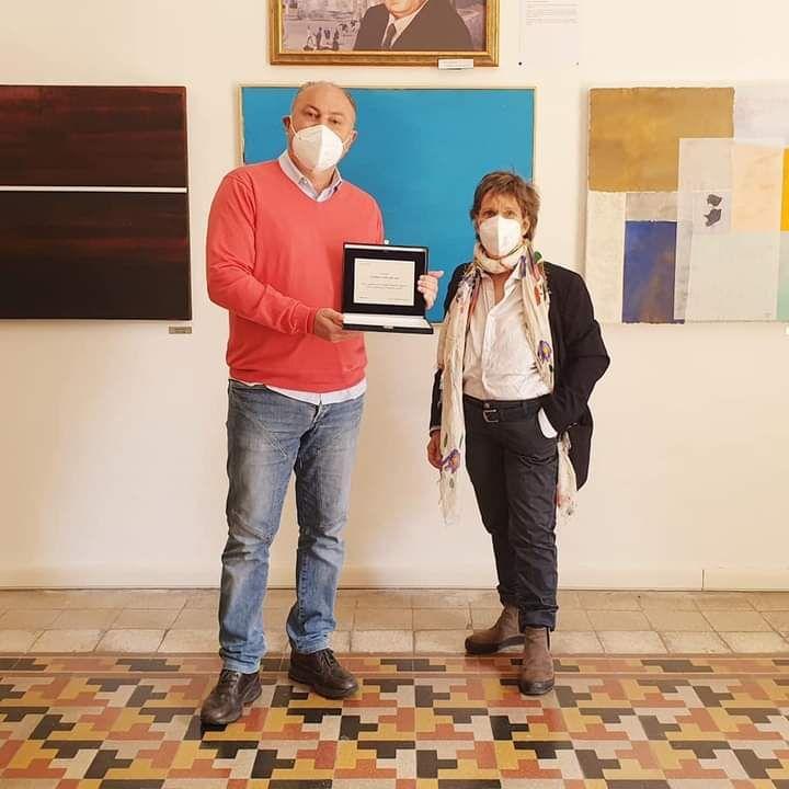 Le opere di Simona Sarti in mostra nella pinacoteca Pierantozzi di Tolfa