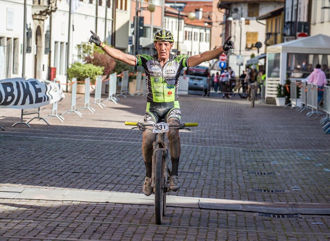 Gianfranco Mariuzzo trionfa alla Tiliment XC Cross River