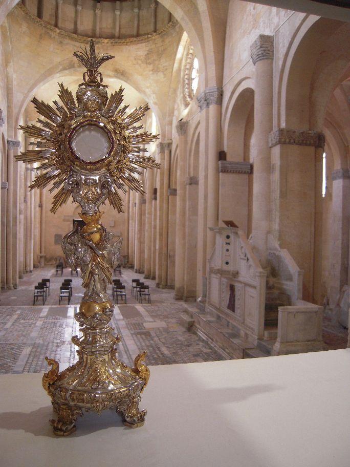 Tarquinia celebra il Corpus Domini a Santa Maria in Castello
