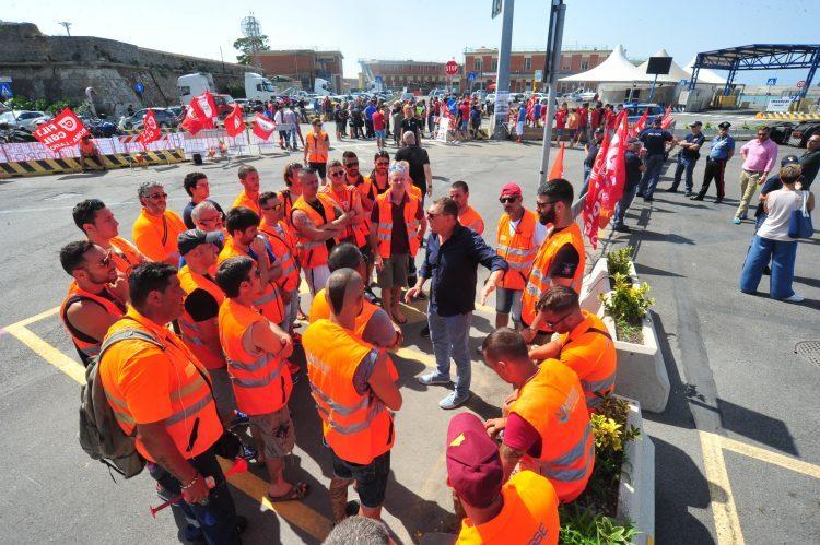 Lavoratori Minosse verso lo sciopero