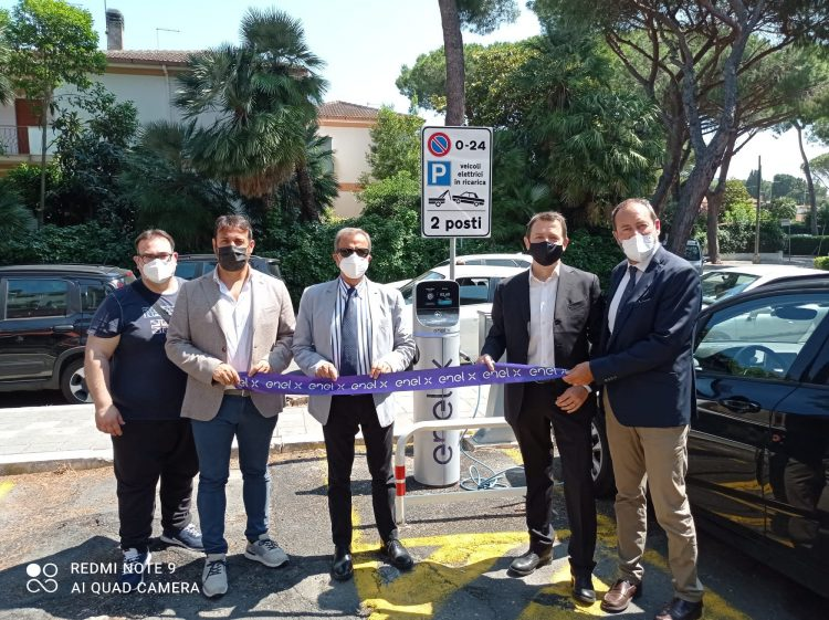 Svolta green per il Comune di Santa Marinella: sei stazioni di ricarica per auto ecologiche in punti strategici della città