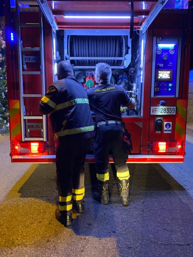 Sterpaglie in fiamme a San Gordiano