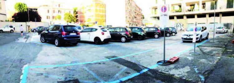 Parcheggi blu, Luciani: «Assessore inadeguato al ruolo»