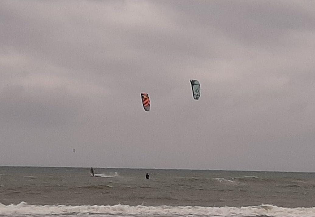 Cerveteri e Ladispoli, due kitesurfer salvati dalla Capitaneria di porto