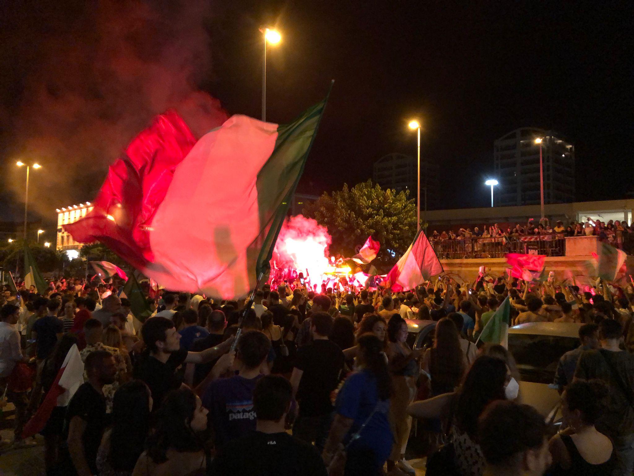Europei, Civitavecchia scende in piazza per festeggiare la vittoria dell'Italia