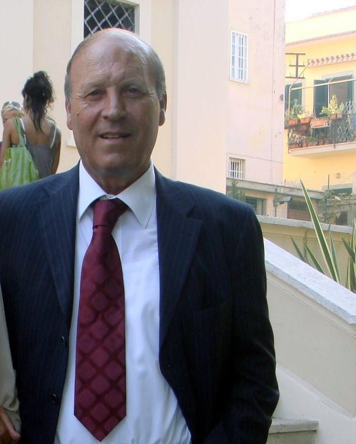 La famiglia Meraviglia dona due carrozzine attrezzate all'ospedale di Tarquinia
