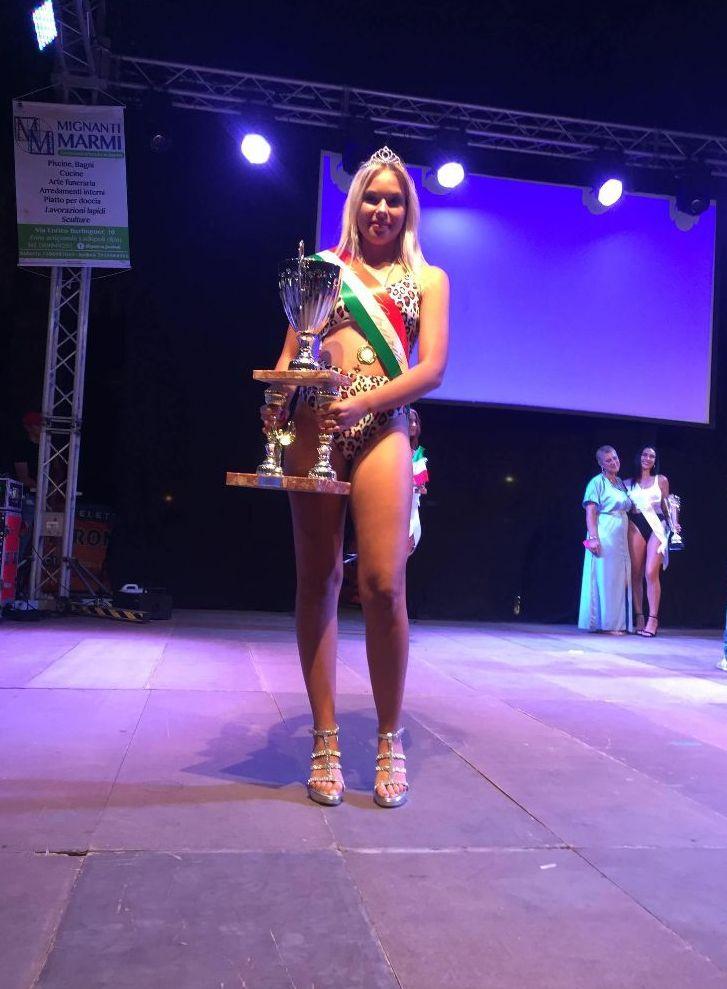 La tarquiniese Sofia Bonini, 16 anni,      vince il concorso di bellezza Miss Etruria