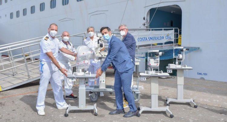 Costa Crociere Foundation dona a World      Medical Aid cinque lampade a fessura