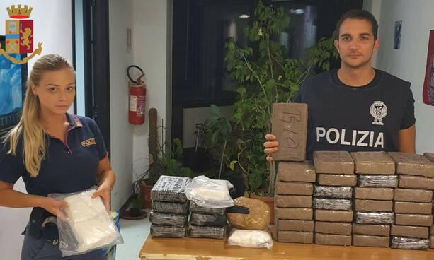 Dal litorale a Roma con 50 chili di cocaina      nascosta nel portabagagli: 41enne arrestato