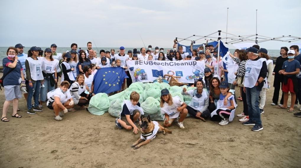 L'INIZIATIVA #EubeachCleanup2021, successo a Marina di San Nicola