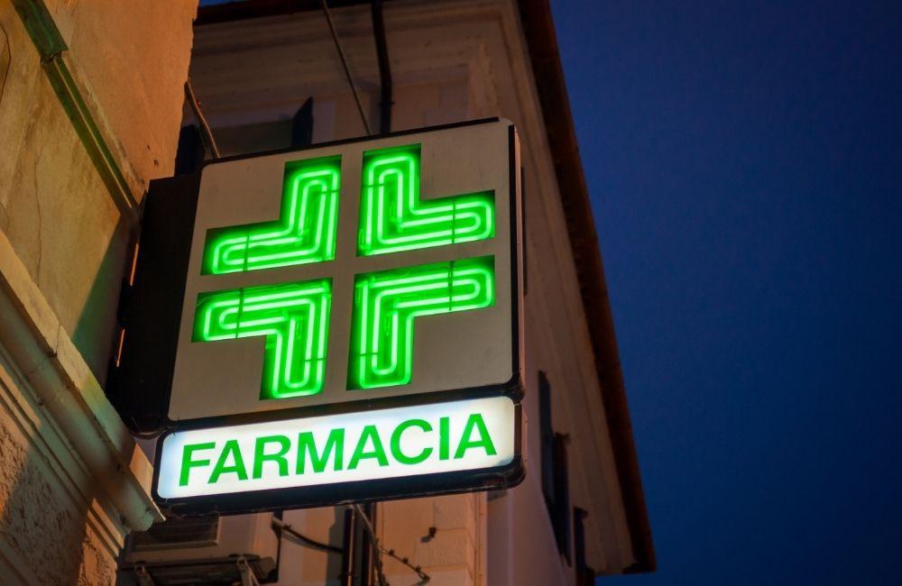 """Tamponi in farmacia: oggi 16 test alla """"Calamatta"""""""